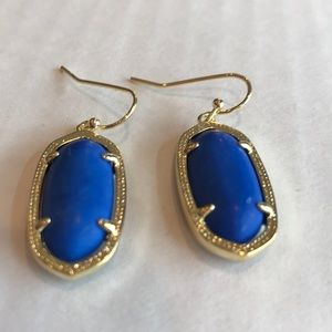 Jewelry - Earrings in navy